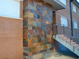 cubiertas-segovia-piedra-regular-varios-modelos-filita-roja1