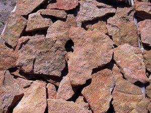 cubiertas-segovia-piedras-irregulares-caliza-amarilla-1