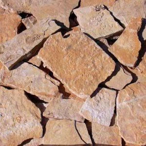 Cubiertas Segovia - Piedras irregulares: Caliza crema