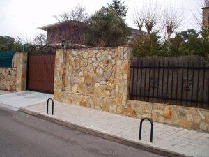 cubiertas-segovia-piedras-irregulares-cuarcita-amarilla-2