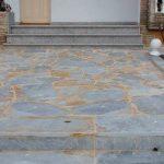 cubiertas-segovia-piedras-irregulares-cuarcita-blanca-1