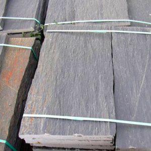 Cubiertas Segovia - Piedras irregulares: Cuarcita negra - rugosa