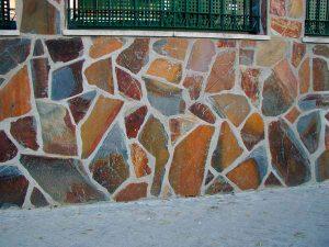 cubiertas-segovia-piedras-irregulares-filita-roja-1