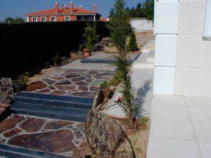 cubiertas-segovia-piedras-irregulares-filita-roja-3