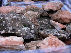 cubiertas-segovia-piedras-irregulares-piedra-musgo-3