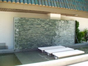 cubiertas-segovia-piedras-regulares-caliza-blanca-hueso-apomazada-1