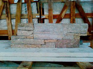 cubiertas-segovia-taco-laja-manposteria-premontado-enresinado-granito-rubio-2