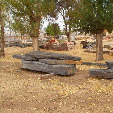 Cubiertas Segovia - Jardinería - Monolitos: Gris - negra